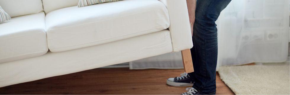 Schäden an Boden und Treppen selbst reparieren